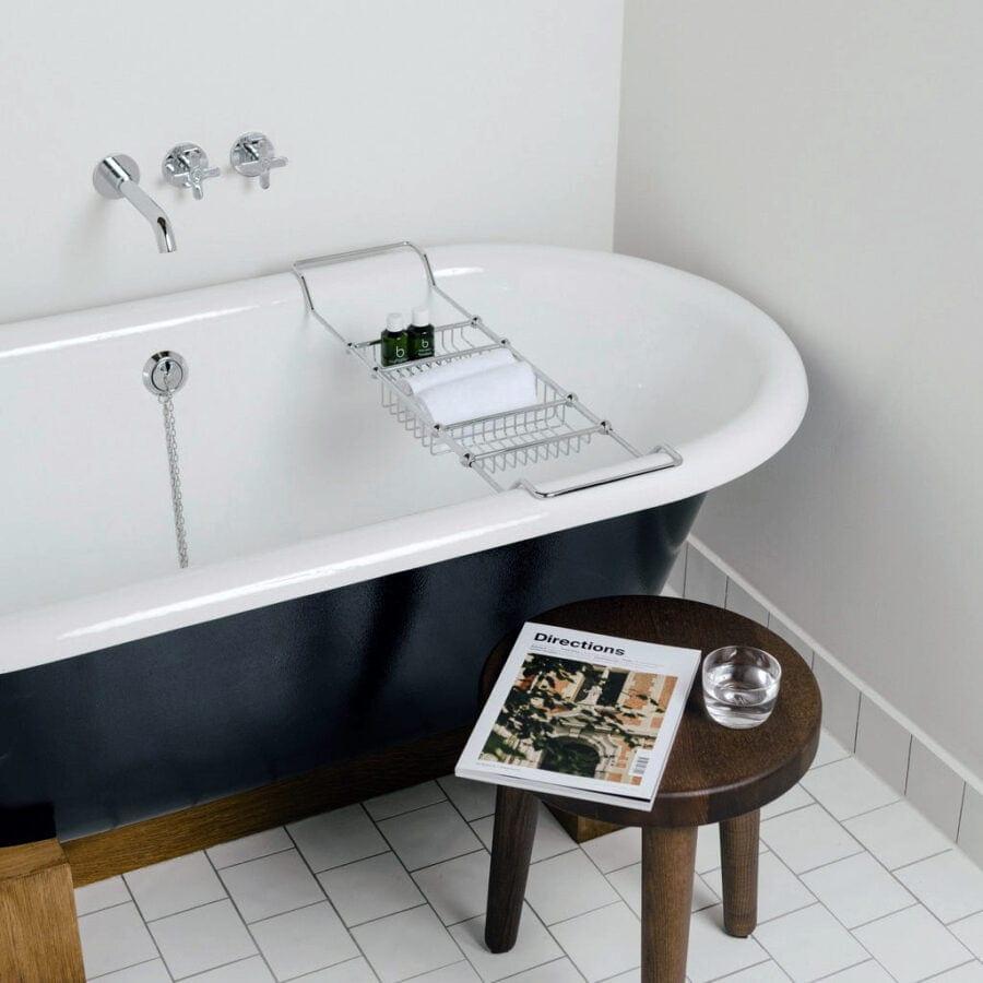 Une élégante baignoire à l'hôtel August à Anvers