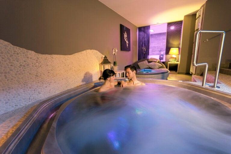 Couple en amoureux à Louvrex-les-bains à Liège