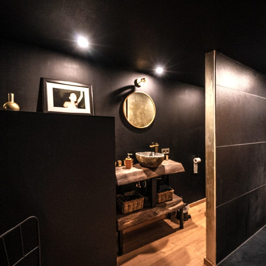 Salle de bain de la cabane sauvage de Durbuy