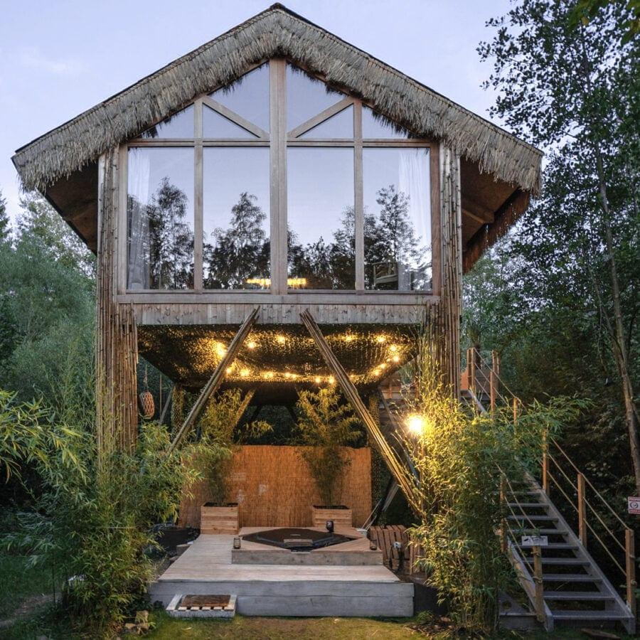 Cabane sauvage de Durbuy à l'aube
