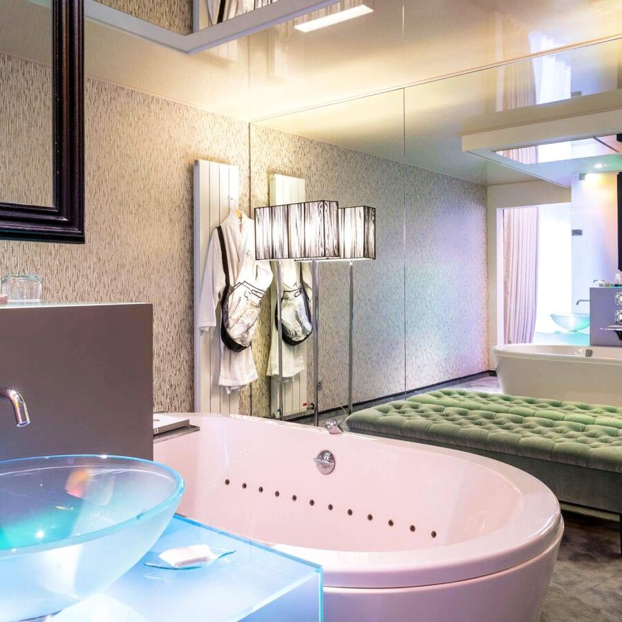Salle de bain au château des thermes à Liège