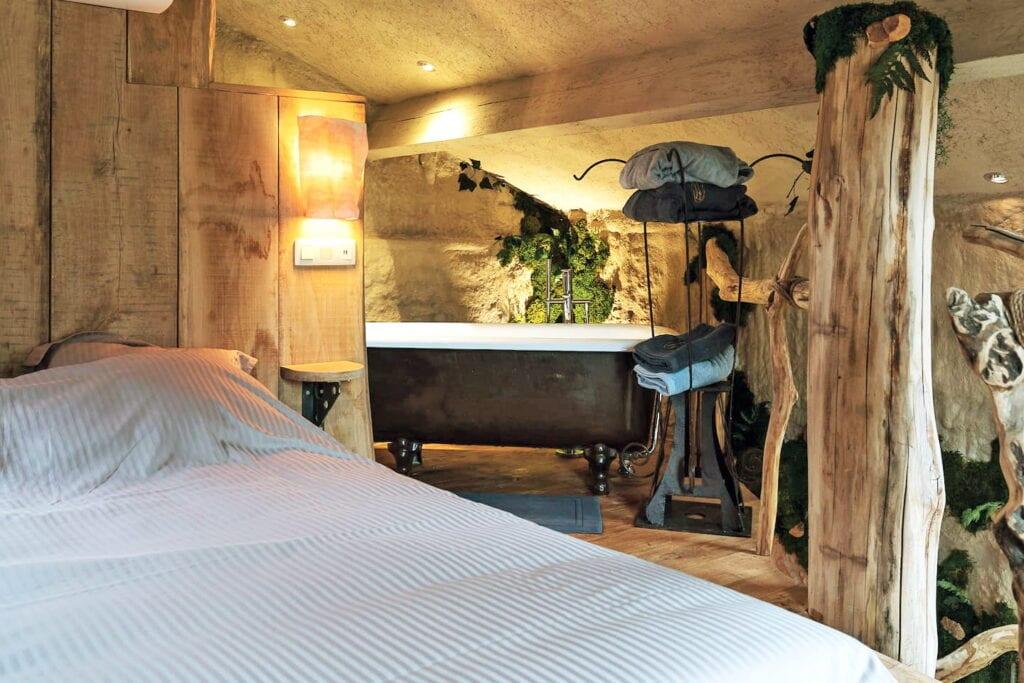 Baignoire en chambre de El Clandestino près de Marche