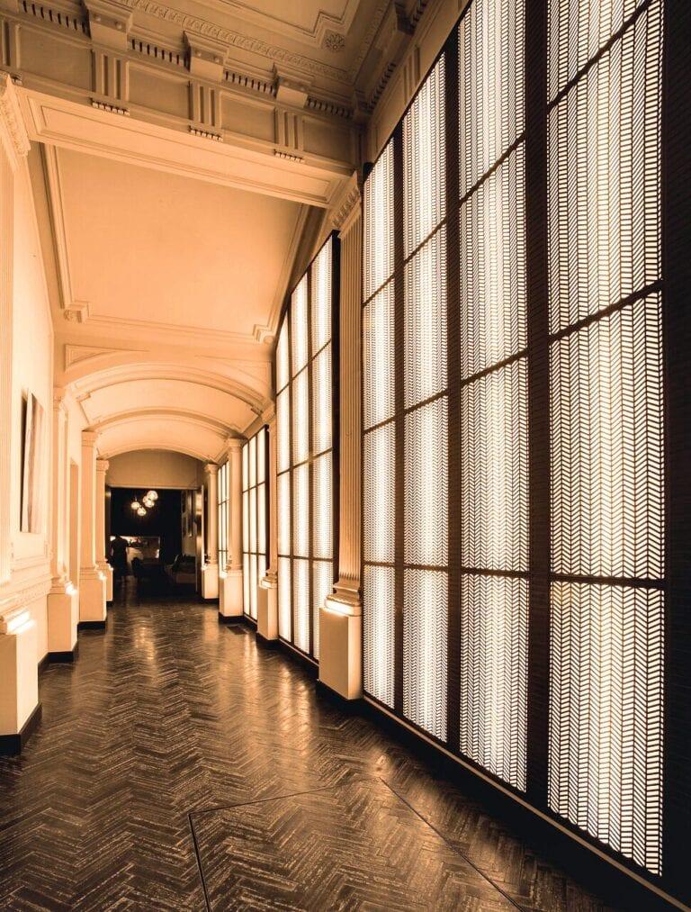 Couloir à la Harmon House à Bruxelles
