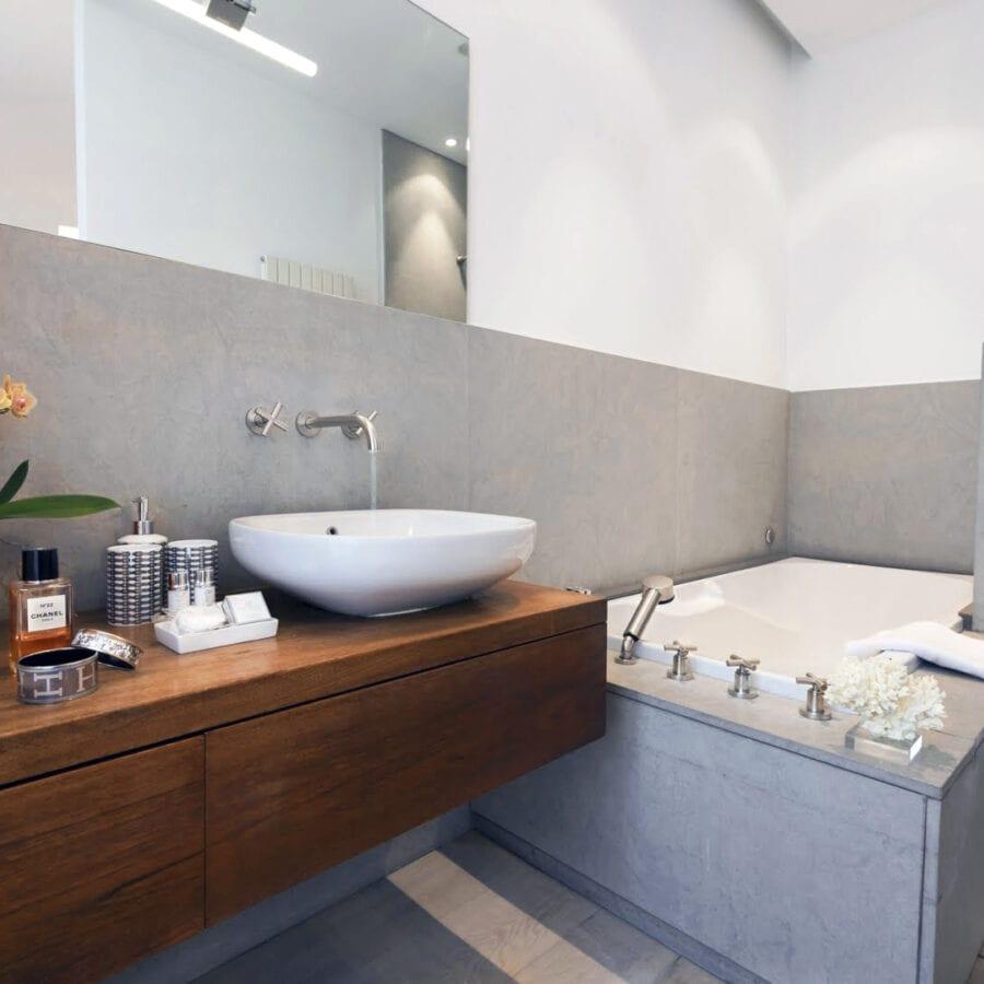 Salle de bain à l'hôtel Van Cleef à Bruges