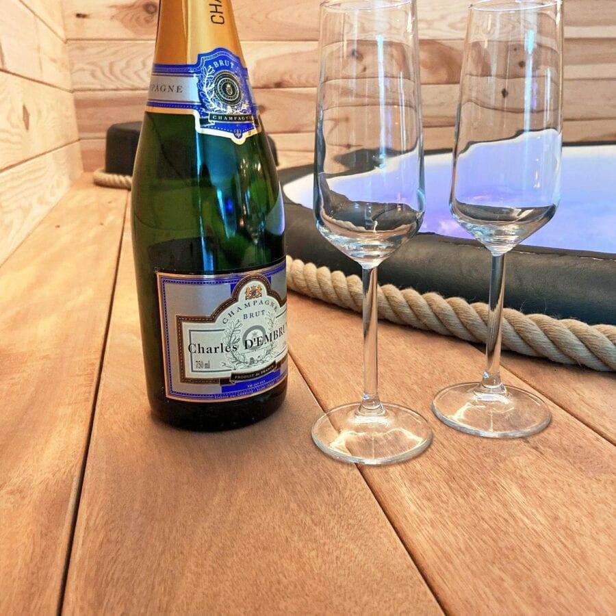 Coupes de champagne au Fermage près de Namur