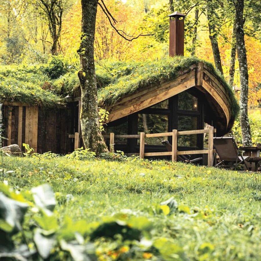 Cabane verdoyante aux Cabanes de Rensiwez à Houffalize