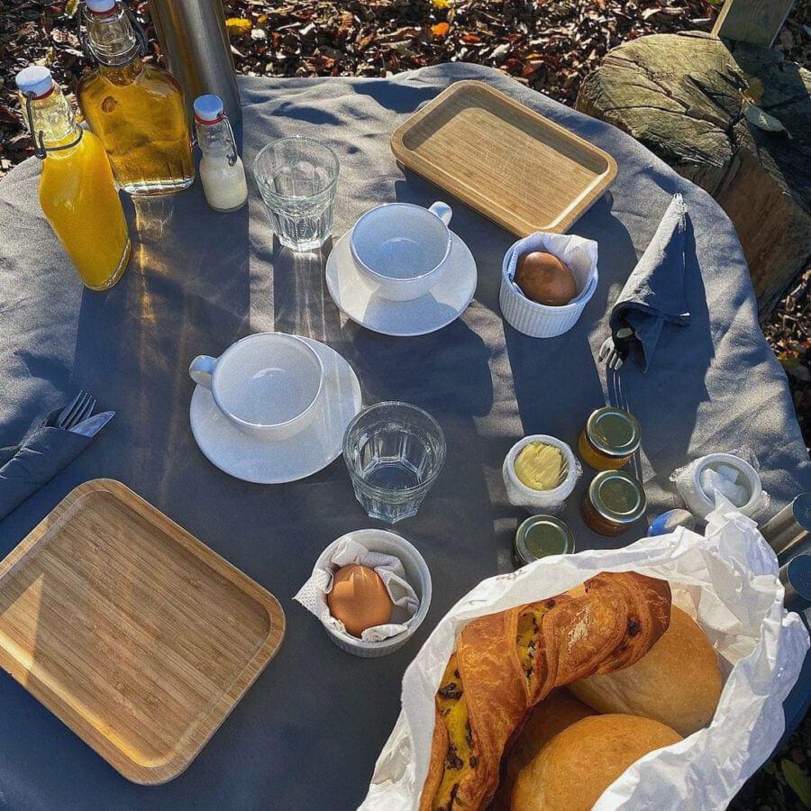 Petit déjeuner de Nature Bubble Feluy près de Charleroi