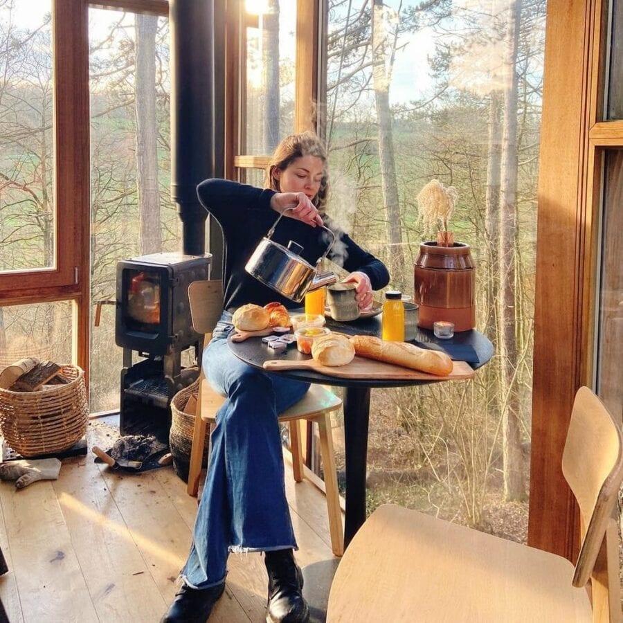 Petit déjeuner à The Glass Cube à Stay Ici dans les Ardennes