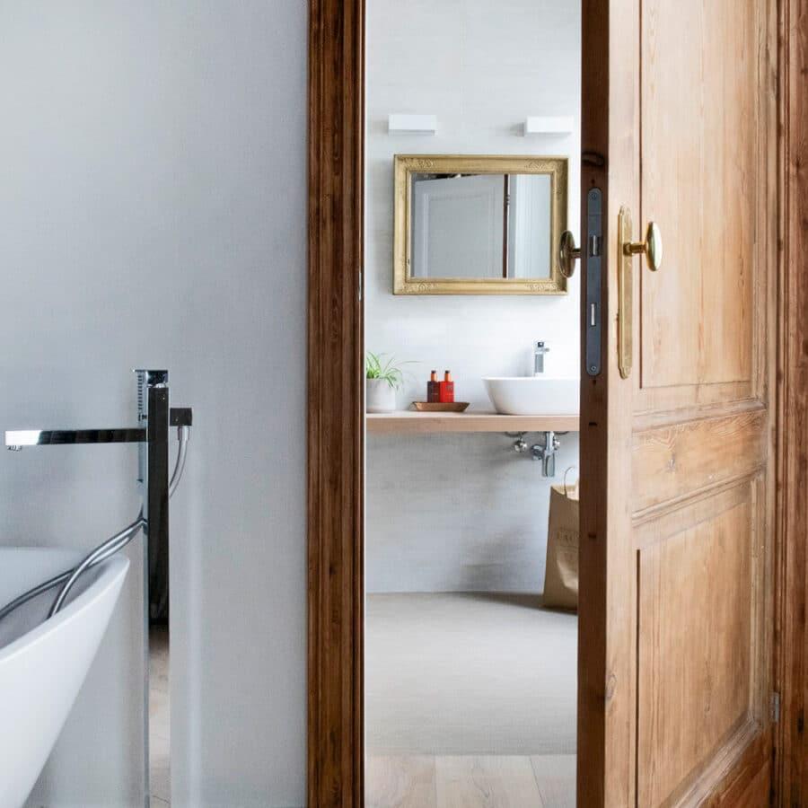 Baignoire et salle de bain à The Green House à Anvers