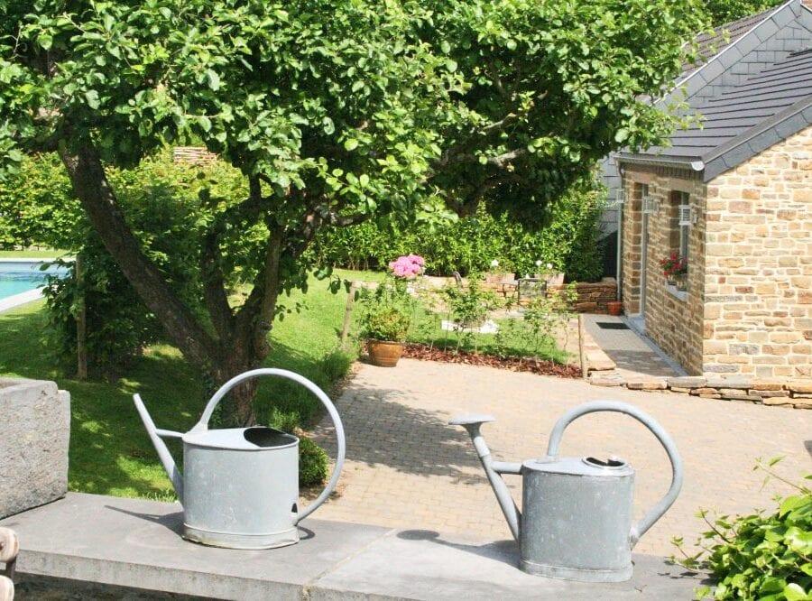 Arrosoir dans le jardin à un Air de Campagne à Sprimont