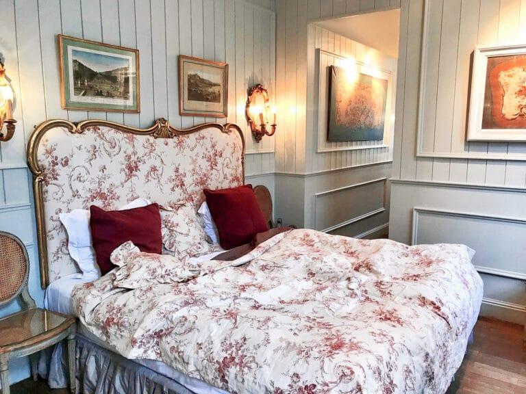 Chambre à coucher à l'hôtel Bonifacius à Bruges
