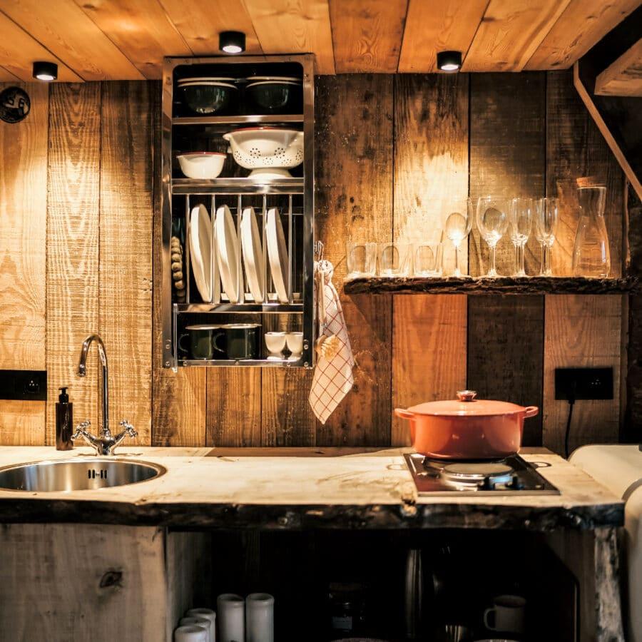 Cuisine à Écorces dans les Ardennes belges