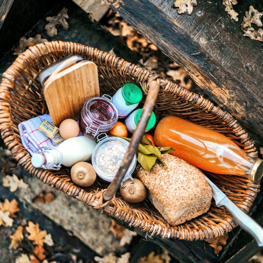 Panier de petit déjeuner à Écorces dans les Ardennes belges